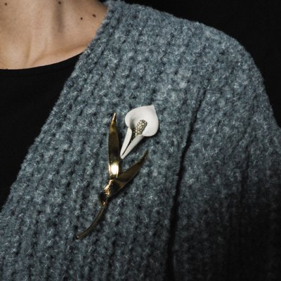 vintage Cala Lily Brooch<img class='new_mark_img2' src='https://img.shop-pro.jp/img/new/icons8.gif' style='border:none;display:inline;margin:0px;padding:0px;width:auto;' />