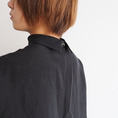 TENNE HANDCRAFTED MODERN GUSSET SLEEVE SHIRT<img class='new_mark_img2' src='//img.shop-pro.jp/img/new/icons8.gif' style='border:none;display:inline;margin:0px;padding:0px;width:auto;' />