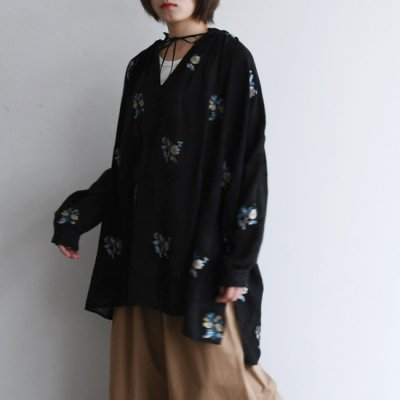 08sircus Closs-stitch jacquard gather dress クロスステッチ刺繍ドレス<img class='new_mark_img2' src='https://img.shop-pro.jp/img/new/icons8.gif' style='border:none;display:inline;margin:0px;padding:0px;width:auto;' />