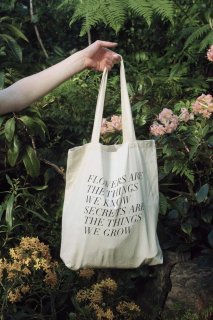 FIELDGUIDED | SECRETS ARE THE THINGS WE GROW (BLACK) | トートバッグ | TOTE BAG