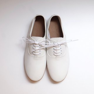 minan polku | soft balmoral shoes (white) | シューズ
