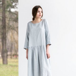 not PERFECT LINEN | Linen dress with sleeves and DROP SIDES (silver grey) | 着丈95cm