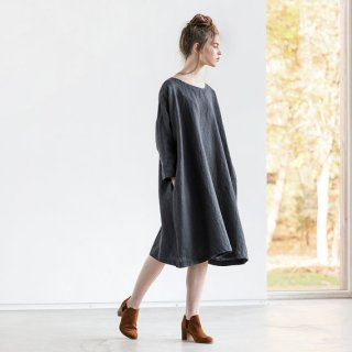 not PERFECT LINEN | Oversized loose fitting linen dress (charcoal) | 着丈95cm
