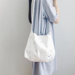 kick FLAG | lane shoulder(white)| SHOULDER BAG