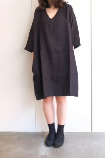 not PERFECT LINEN | washed linen KIMONO tunic (black linen/wool blend/v neck) | 着丈90cm