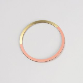 Tom Pigeon | Form Circle Bangle (Brass & Blush) | バングル