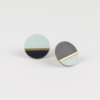 Tom Pigeon | Form Disc Earrings (brass and ice) | ピアス