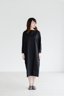 the last flower of the afternoon | 雨間(あまあい)のlong pull over dress (black) | ワンピース