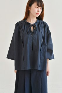 the last flower of the afternoon | 追懐のsmock blouse (navy) | ブラウス