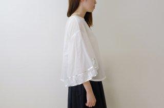 canako inoue | 「祈り」フレアスリーブ (white-silver) | ブラウス