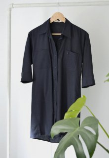 CEREMONY | Loose linen dress (navy blue) | トップス