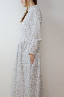 the last flower of the afternoon | 梢の影 gather one-piece dress (white) | ワンピース