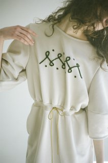 "rikolekt | ""EMBLEM DRESS"" (white) 