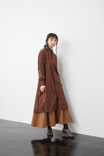 the last flower of the afternoon   静かな夜 shirt dress (brown)   ワンピース