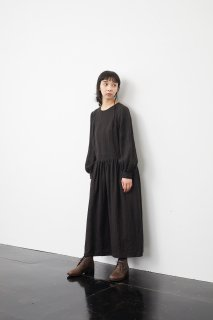 the last flower of the afternoon   翳りゆく午後の gather one-piece dress (black)   ワンピース