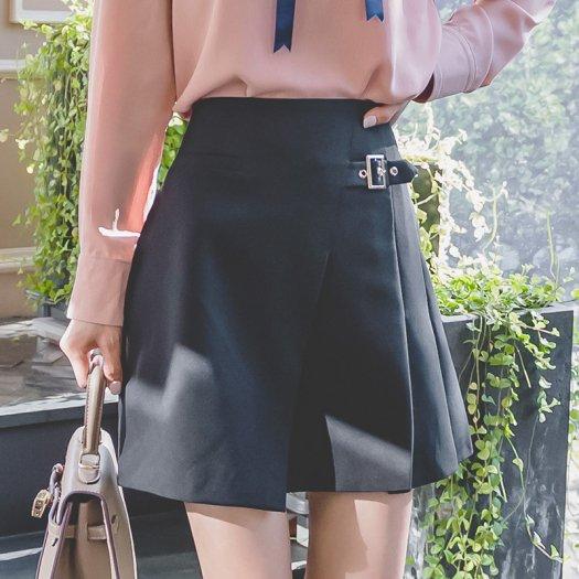 【3色】バックル付き 飾りベルト風 ラップ風 台形 ミニスカート ショート 無地 カジュアル