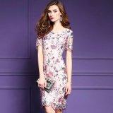 食事会やパーティーに エレガントなご婦人向けのワンピース スリムな花柄ドレス