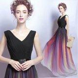 グラデーションのスカートが美しいロングドレス 食事会やパーティーにぴったりなVネックのマキシワンピース
