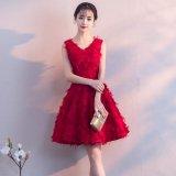 ノースリーブの韓国ワンピース フレアスカートが可愛い深紅のパーティードレス ふわふわ素材でVネックのお嬢様ワンピ