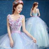 結婚式の衣裳として着たいブライダルドレス 大きなスカートが可愛い花柄刺繍のウェディングドレス 演奏会や舞台などにぴったりなロングドレス
