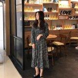 大人可愛い花柄デザインの韓国ワンピース デイリーやお出かけで着たいミモレ丈のワンピース
