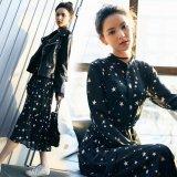 星柄デザインのマキシワンピース トレンドのスター柄が可愛い韓国ワンピース