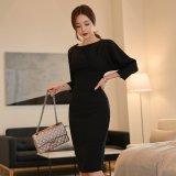 冠婚葬祭に着れるフォーマルな韓国ワンピース お呼ばれシーンに着たいシンプルな無地の黒ドレス