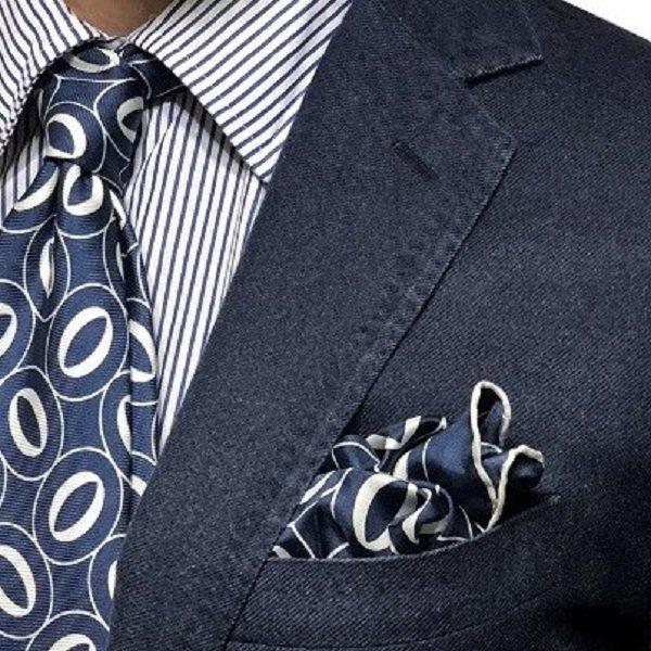 FRANCO BASSI(フランコバッシ)HERITAGE Collection FAZZOLETTO/ポケットチーフ/ブルー/Pitti Uomo Modello メインイメージ