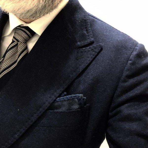 MUNGAI (ムンガイ) ネイビー×ネイビー / フランネル /  コットンパイピング / ハンドメイド / ポケットチーフ