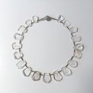 水晶とパイライトのネックレス〜シンプルバージョン