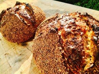 4種のタネのパン (1個)