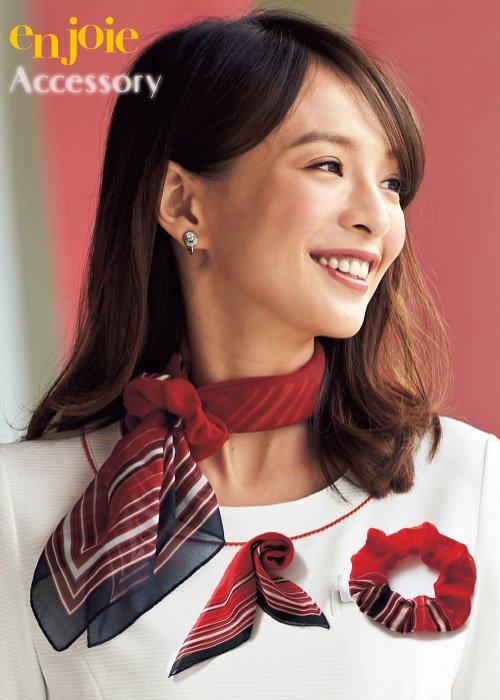 商品型番:OP131|レッド✕ホワイト✕ネイビー配色が華やかなスカーフ&シュシュのセット|ジョア OP131