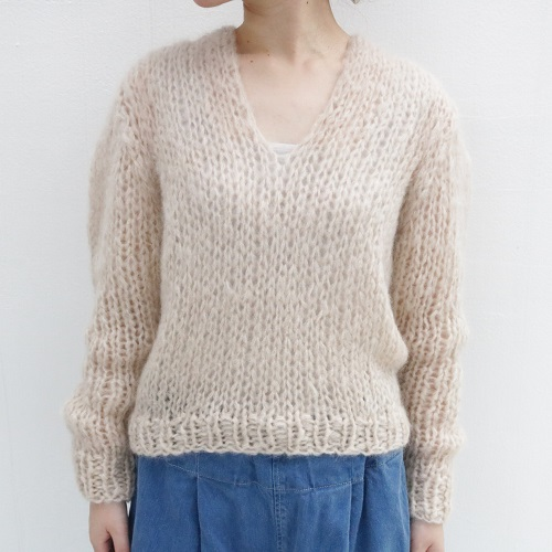 Maiami Basic MB18010/B Mohair V-Neck Sweater