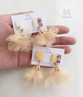 (全2色)Square bi-color flower chiffon tassel pierce/earring