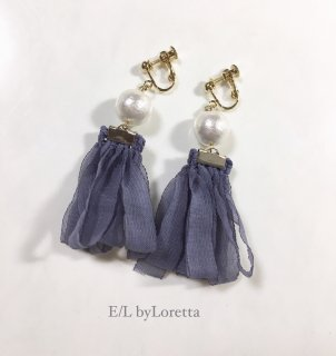 Pearl loop tassel pierce/earring(Grayish blue)