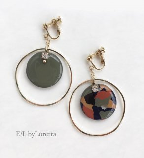 Asymmetry art marble hoop pierce/earring(Khaki)