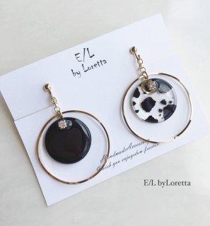 Asymmetry clear animal big hoop pierce/earring(Black)