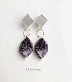 Color square × leopard beads pierce/earring(Beige)