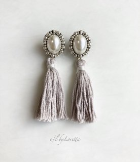 【12/1(tue)21:00〜Order Start.】Oval pearl stitch × tassel pierce/earring(Beige)