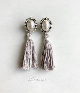 【12/1(tue)21:00〜Order Start.】Oval pearl stitch × tassel pierce/earring(Beige)