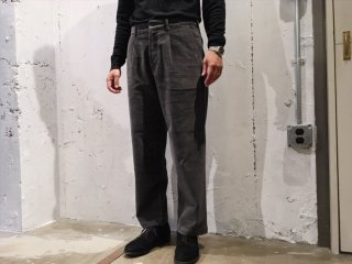 RICCARDO METHA -1 tuck wide trousers (corduroy) grey- Made in Italy