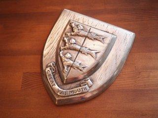 【GREAT YARMOUTH】ビンテージ グレートヤーマス スチール製 オブジェ 壁掛け 盾 雑貨 【USED】