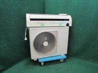 2010年製 東芝ルームエアコン 6畳用 RAS-221UD(W)(5418)