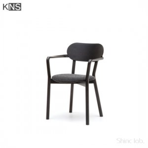 KARIMOKU NEW STANDARD CASTOR ARM CHAIR PLUS PADキャストールアームチェア プラスパッド ブラック