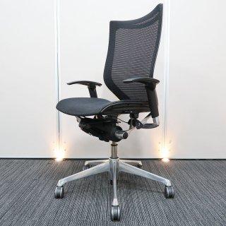 【シャープでスタイリッシュなデザインと、快適な座り心地へ誘う 優れた機能性】【オフィスチェア】【中古】オカムラ/バロン(ハイバック&輝きのあるポリッシュフレーム・座面メッシュ)