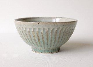 しのぎ飯碗・小 緑灰釉|くるり窯