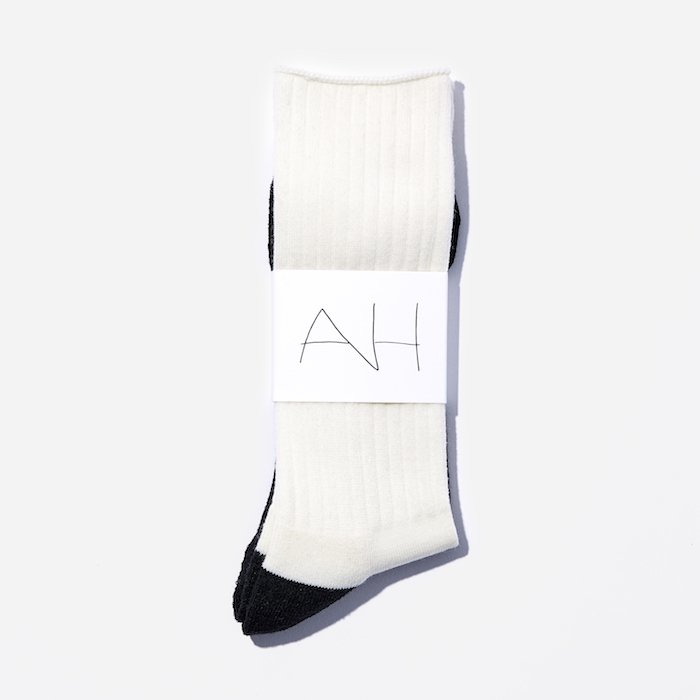 AH×CHICSTOCKS  01×24 Off White×Dark Brown