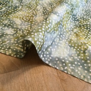 カットクロス DOT BATIKS 【Olive Green 】