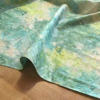 カットクロス SOLID BATIKS 【Green Lake】