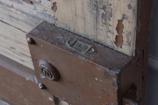 パイン材の室内ドア